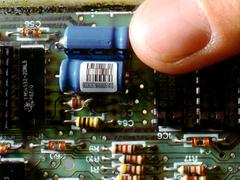 Stacked code auf elektronischen Komponenten