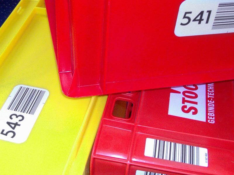 Strichcodeetiketten für Normbehälter
